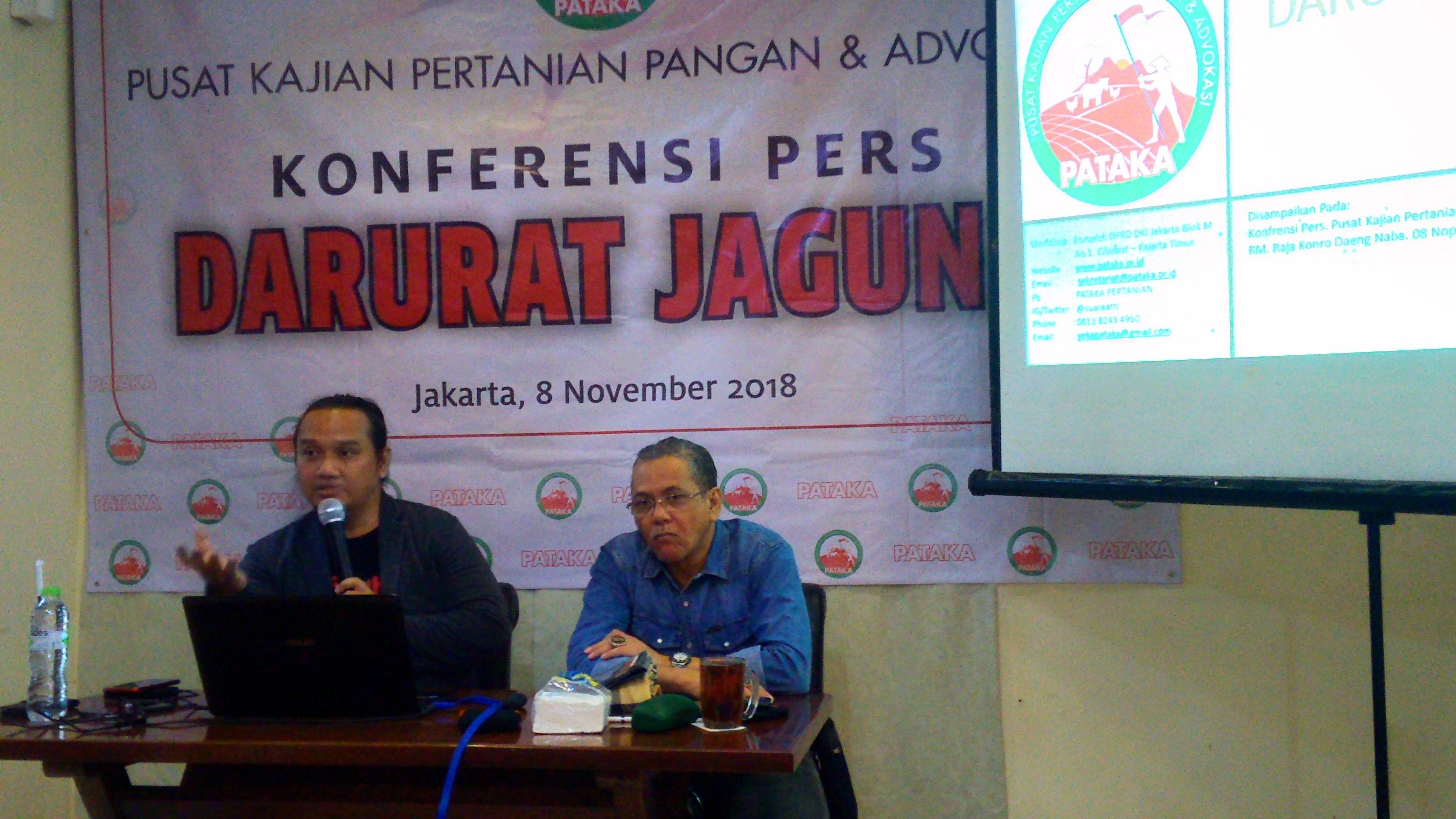 Direktur Eksekutif Pertanian Pangan dan Advokasi (Pataka), Yeka Hendra Fatika dan Presiden Peternak Ayam Petelur (Layer) Nasional, Musbar Mesdi